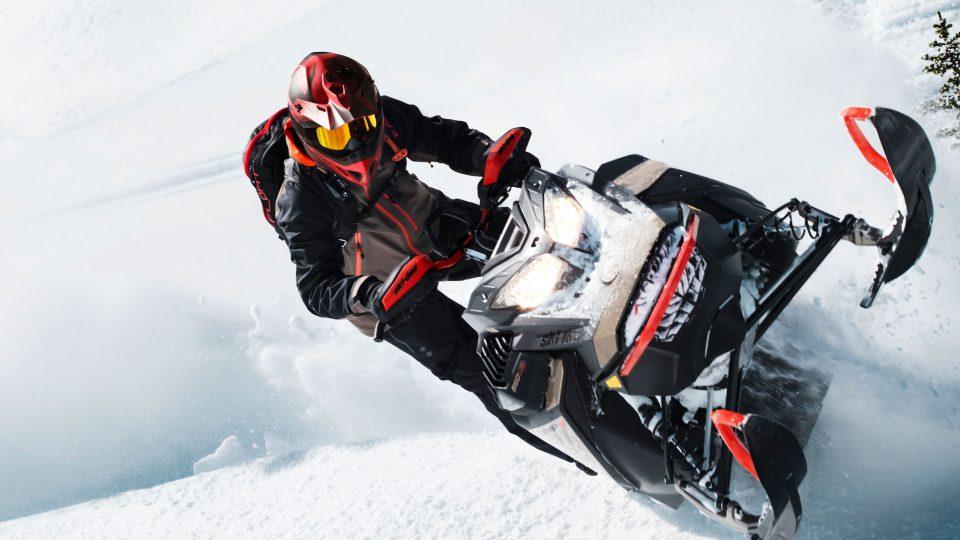 Снегоходы 2022 года: что нового у Ski-Doo и Lynx?