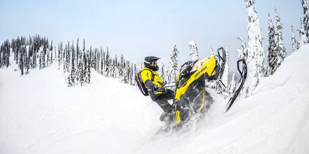 "Ski-Doo Summit 850 SP 165"" 2017"