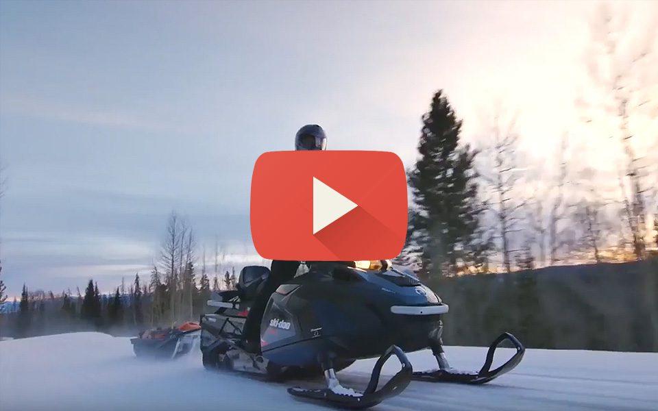 Видео обзор снегохода Ski-Doo Skandic SWT