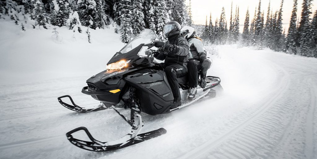 """Grand Touring 900 ACE Turbo 137"""" (2019)"""